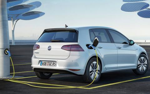 VW intends to build 2 to 3 million all-electric cars a year by 2025